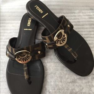 FENDI slide SHOE SIZE 9